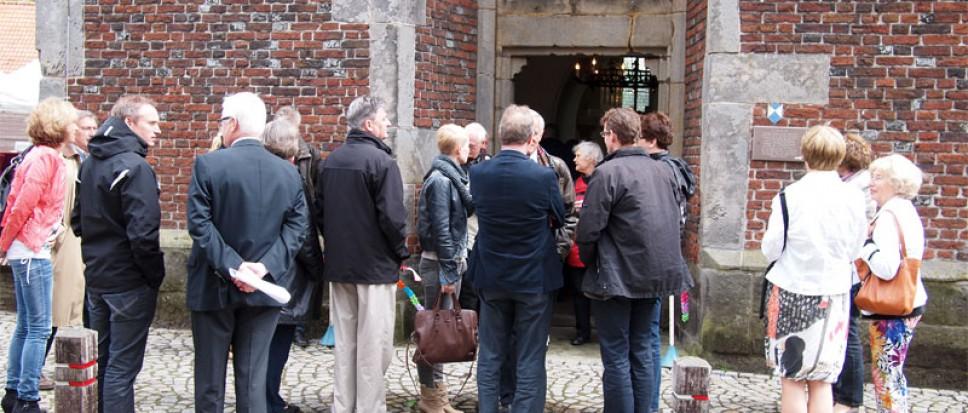 Kerk en samenleving op BorneBoeit