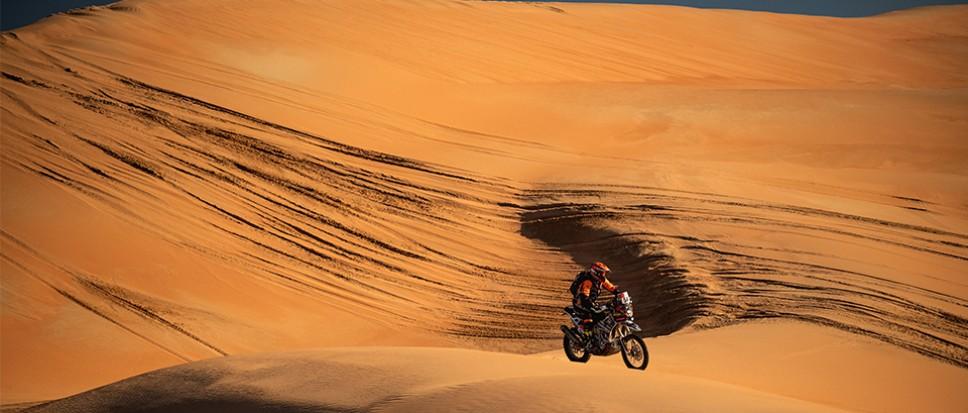 Mirjam Pol terug de woestijn in