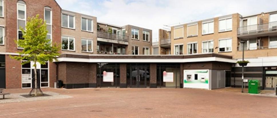 Nieuwe winkel en lunchroom op Rheineplein