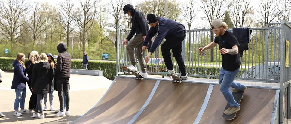 Skaten en chillen op zondagmiddag