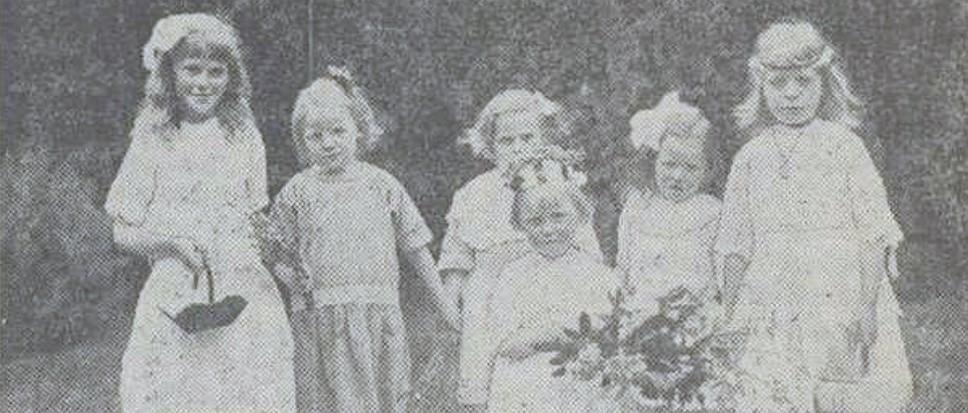 Pinksterbruidjes, levende folklore in Borne