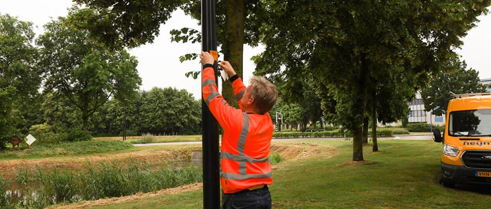 Nieuwe lantaarnpalen voorzien van QR-code