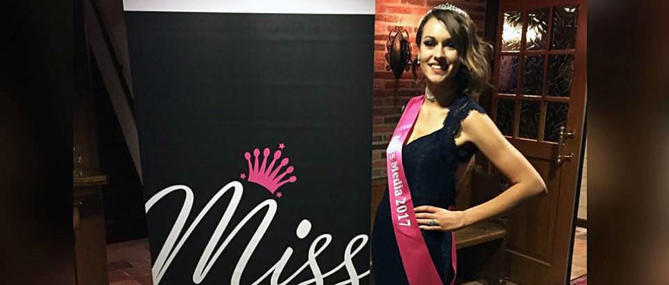 Miss(ie) Melissa Anne Hendrikse geslaagd