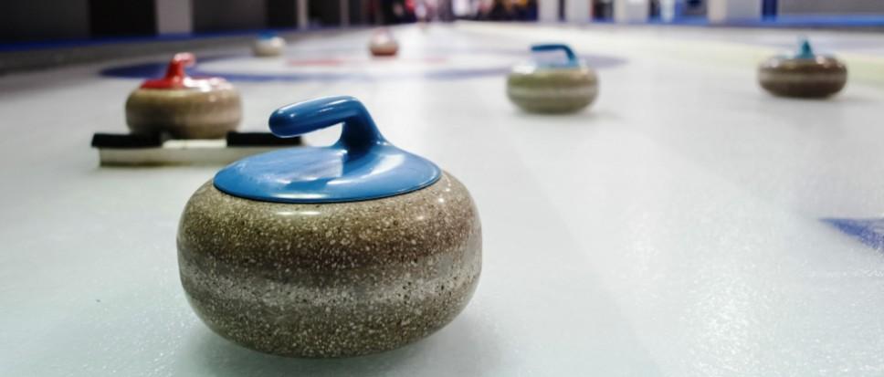 Eerste 'Borne Curling Open' op ijsbaan