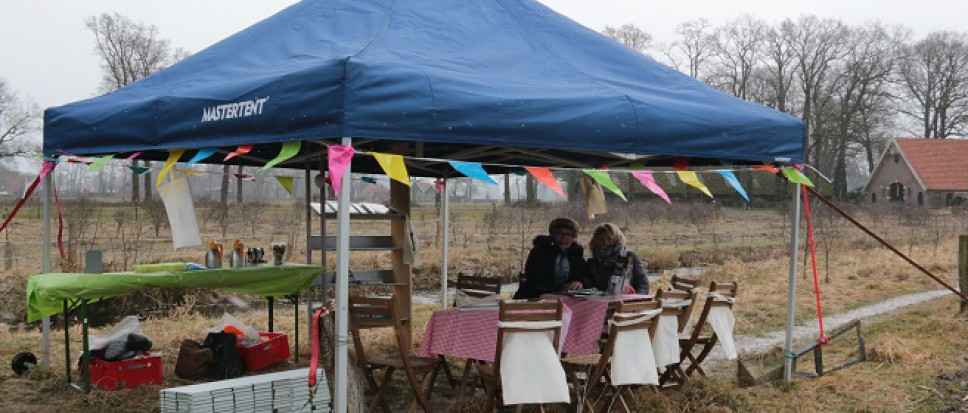 Pop up bibliotheek in de natuur