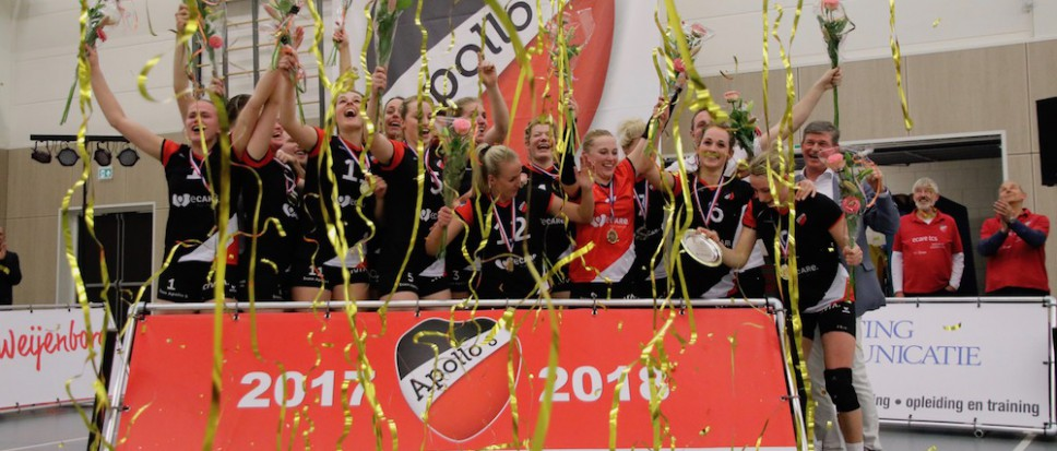 Dames Apollo 8 kampioen!