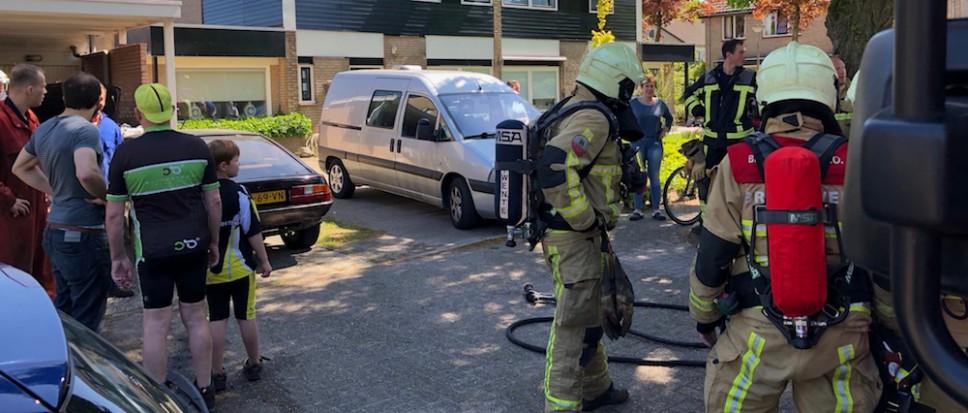 Autobrand in kiem gesmoord