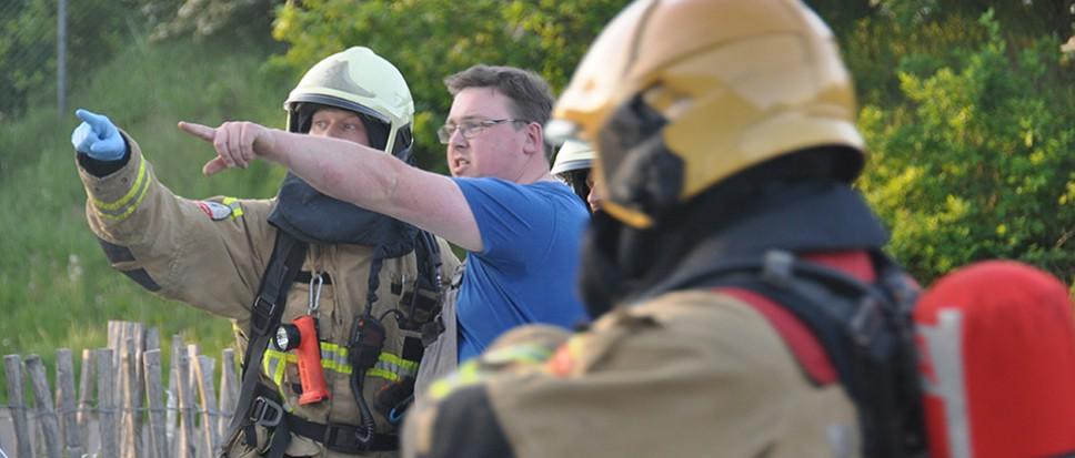Brandweer 'worstelt' met slachtoffer