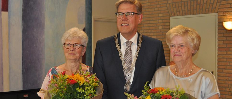 Bijtjes voor Riet Koehorst en Marietje Moleman