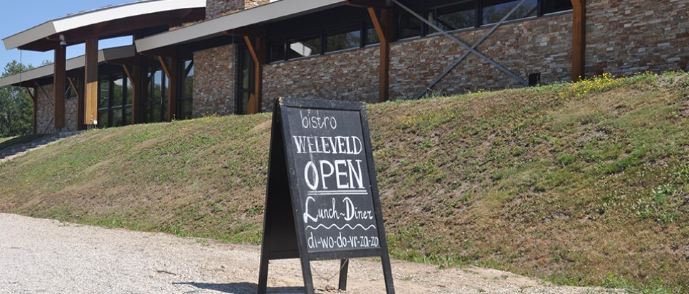 Politieke vragen over Bistro Weleveld