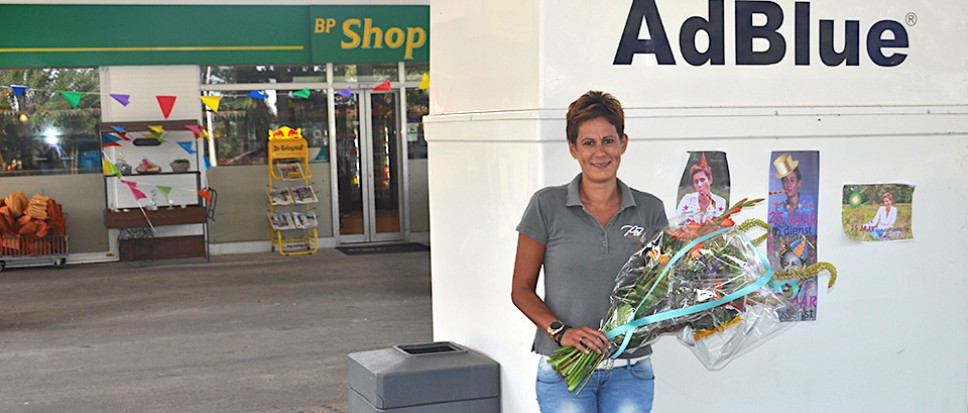 'Tankwief' Cynthia 25 jaar bij Pol