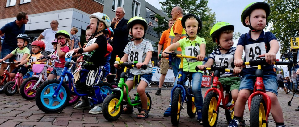 Jonge pedaleurtjes stelen de show