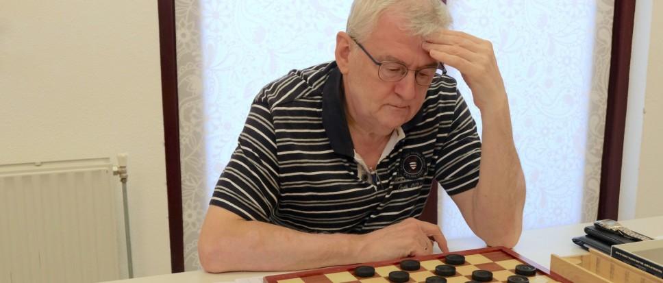 Hans van der Zon naar halve bekerfinale