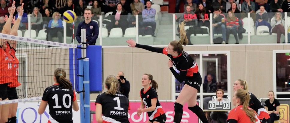 Play-outs voor dames Apollo 8