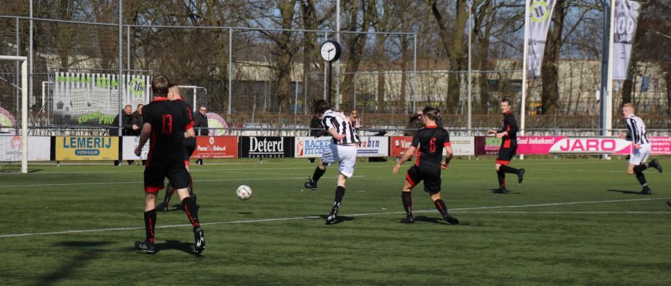 Fris spelend NEO wint met 4-0
