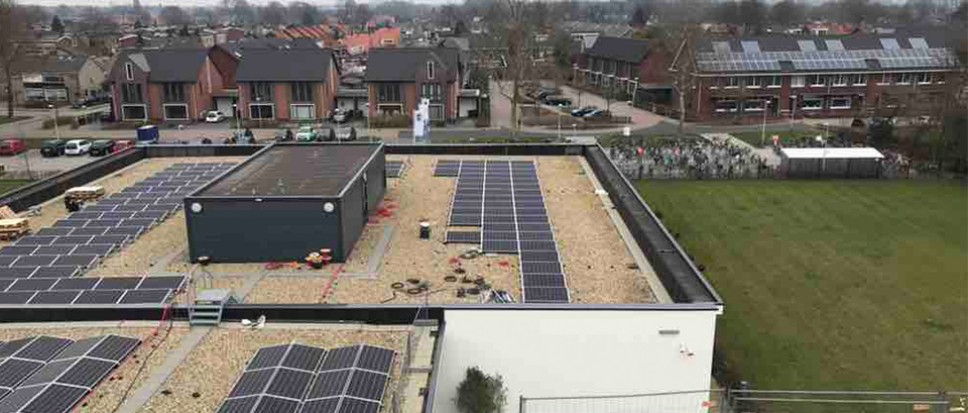 Zonnepanelen op Twickel College Borne