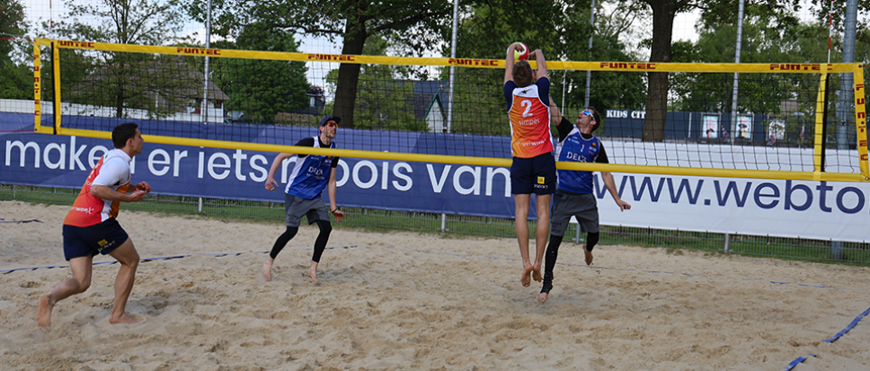 Beachcompetitie start in Borne