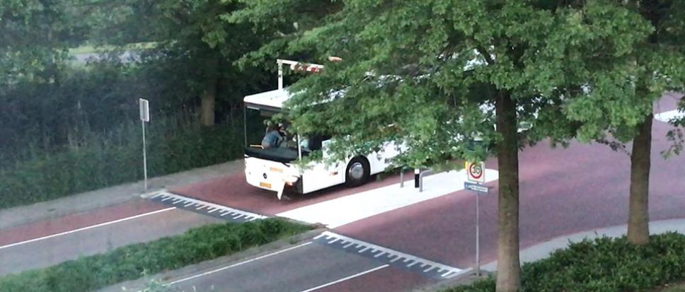 Bus discogangers strandt bij Bekenhorsttunnel
