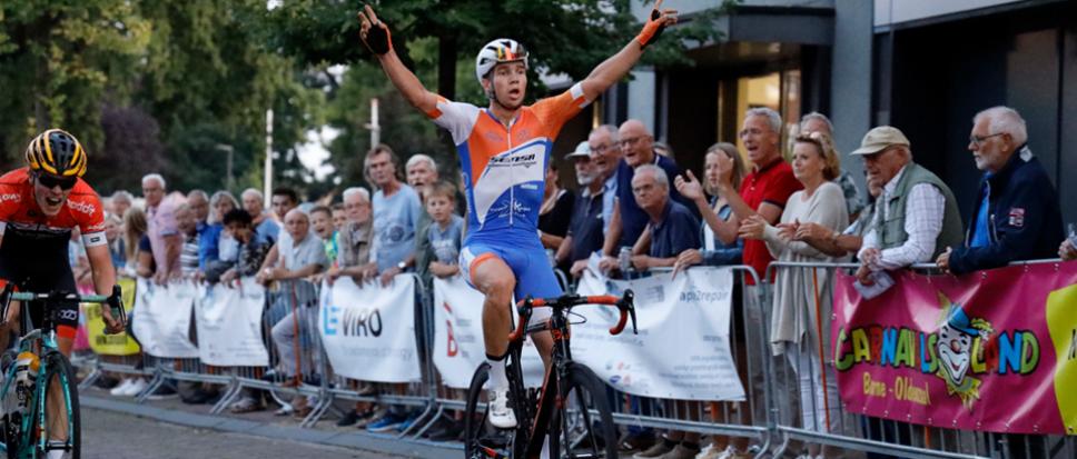 Jelle Johannink wint Ronde van Borne
