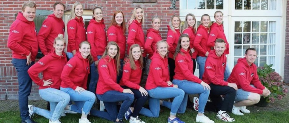 Dames Apollo 8 presenteren zich