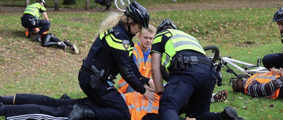Bikers politie oefenen arrestaties
