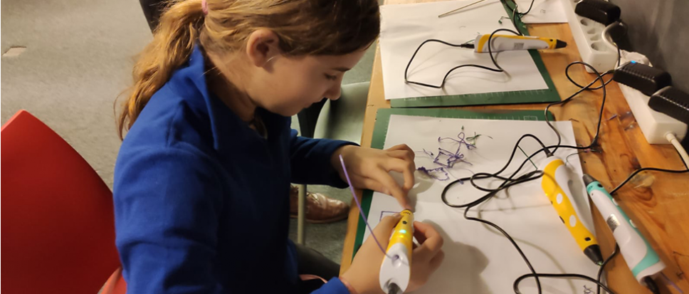 Leren en ontdekken in het MaakLab