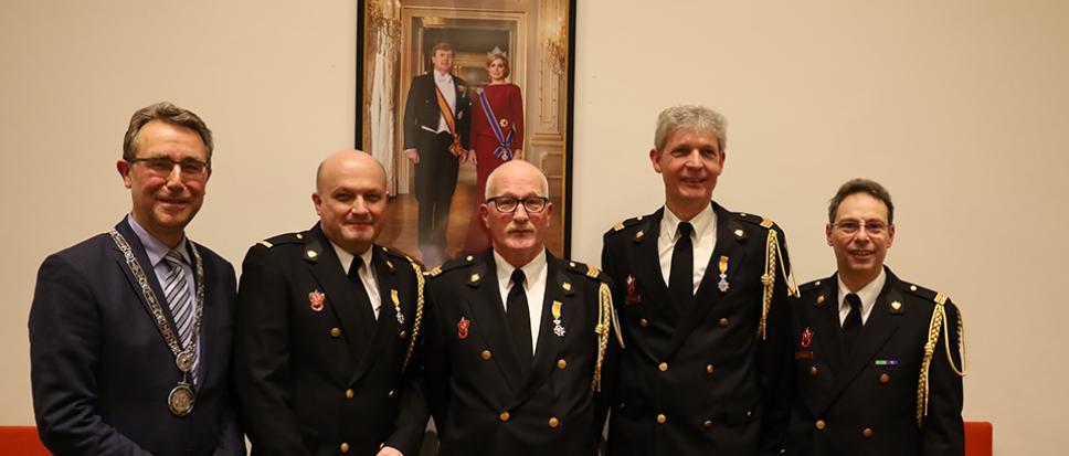 Lintje voor drie Bornse brandweermannen