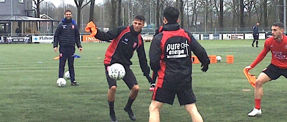 FC Twente traint bij NEO