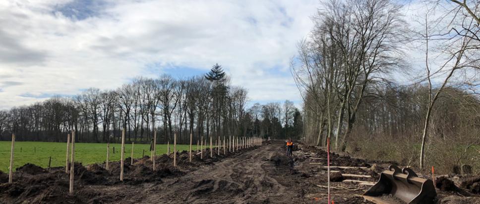 Herstel oprijlaan landgoed Weleveld