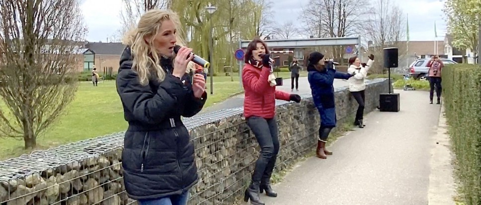 Double2 brengt 'warme' serenade