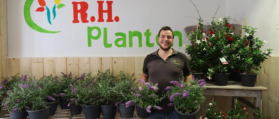 R.H. Planten opent vrijdag met 'knallers'