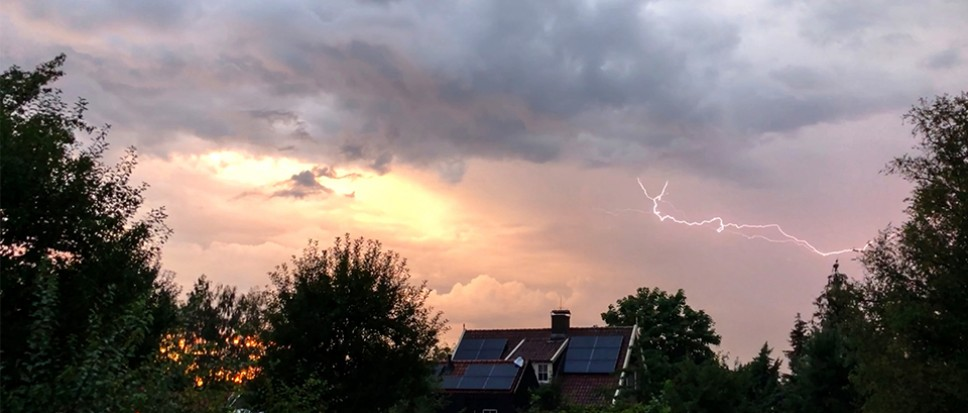 Noodweer boven Borne