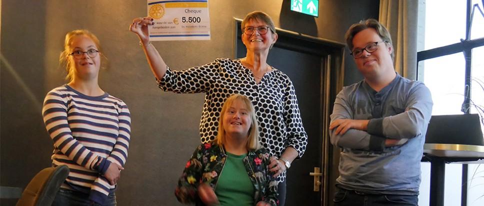 Macbeth levert € 5.500,- op voor Hooiberg