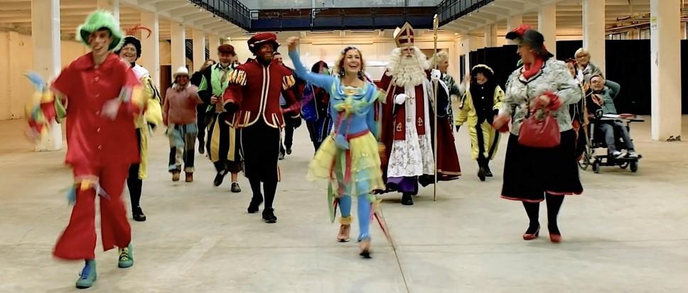 Première Sinterklaasfilm op losse schroeven