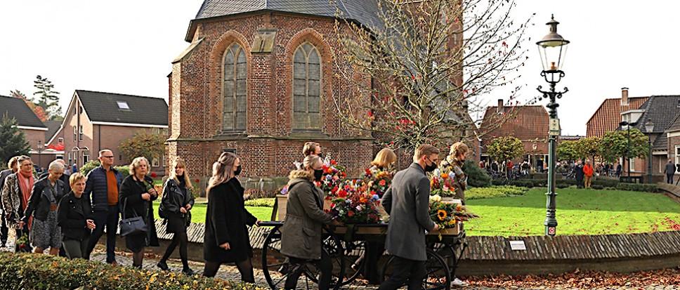 Indrukwekkend vaarwel in Oud Borne