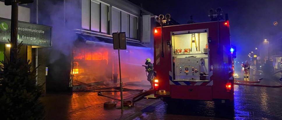 Uitslaande brand bij Erica Bloemen